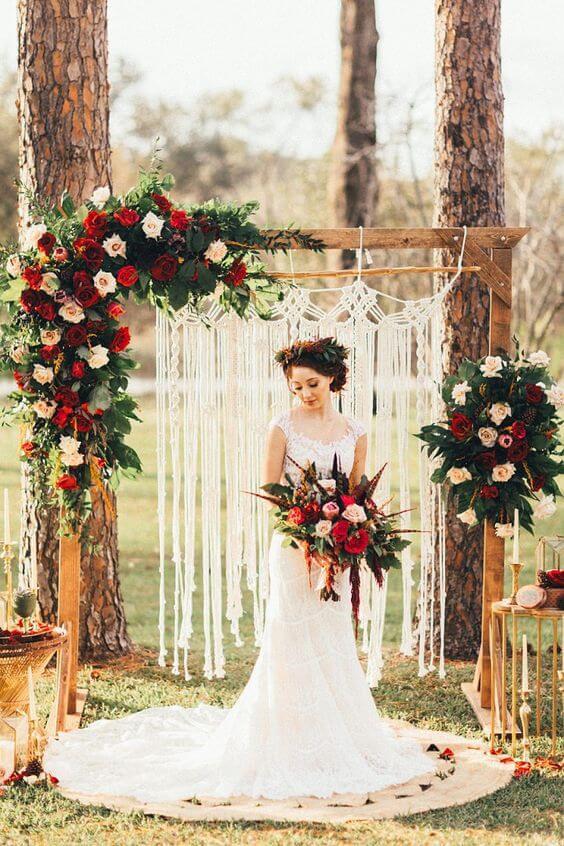 tiệc cưới ngoài trời phong cách boho