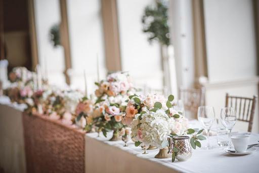 4 lợi ích mà dịch vụ tổ chức tiệc cưới trọn gói mang lại 4