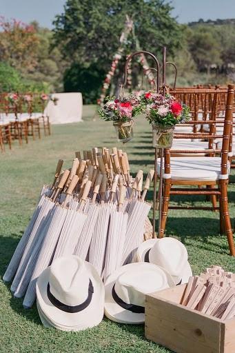 cùng metropole tổ chức tiệc cưới ngoài trời mùa hè - 4
