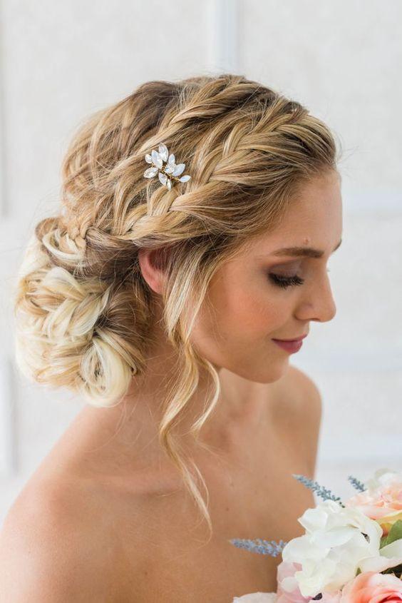 7 bí quyết giúp cô dâu đẹp không tì vết trong ngày tổ chức tiệc cưới 4